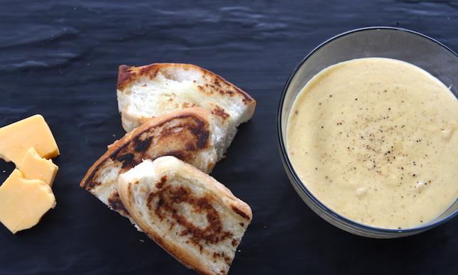 bechamel-cheese-sauce-recipe-3