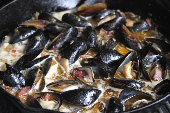 Recipe: Cajun Beer Steamed Mussels | All Things Barbecue - The Sauce