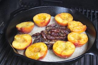 amaretto-caramelized-peaches-and-dates-recipes-4
