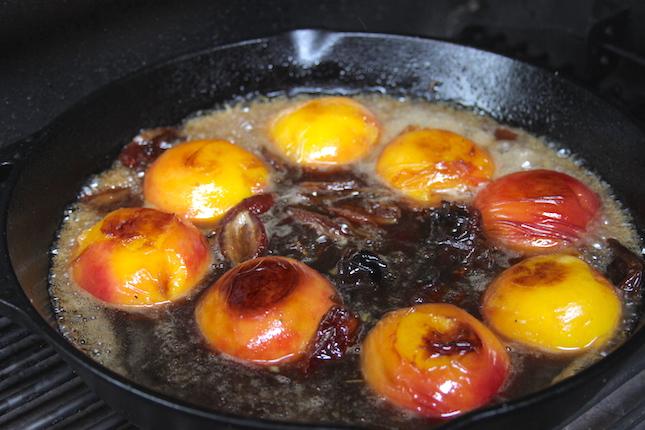 amaretto-caramelized-peaches-and-dates-recipes-6