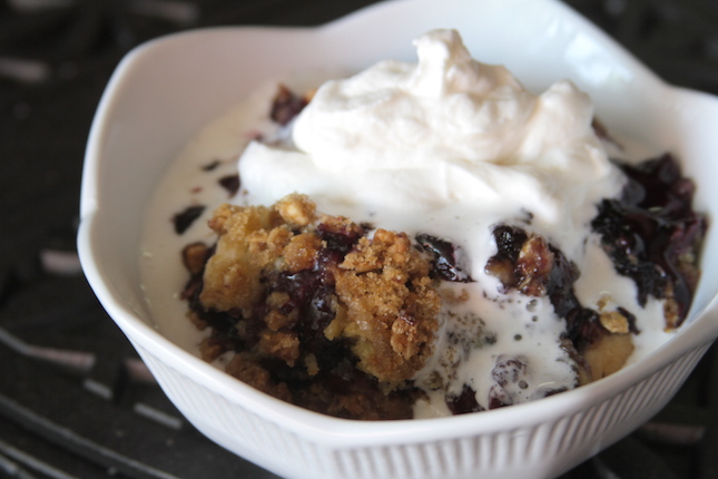 blueberry-granola-dump-cobbler-recipes-7
