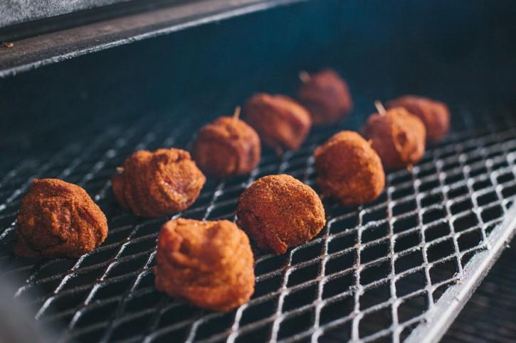 BBQ Cheesy Bacon Bombs