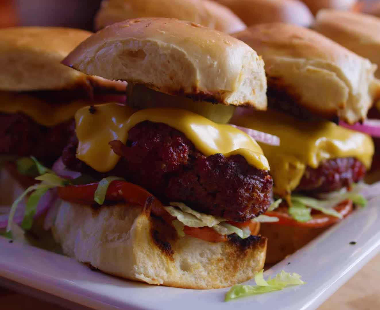 Classic American Cheeseburger Recipe